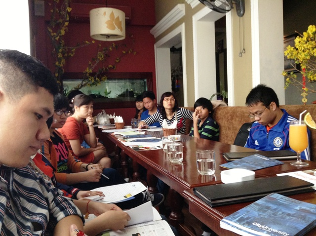Group Eating Again