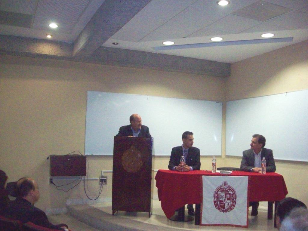 The UASLP Rector and School of Engineering Dean, Manuel Fermin Villar Rubio, Mtro. Jorge Perez Gonzalez, and CityU's Assistant Provost for International Education, Antonio Esqueda, inaugurated these hybrid courses by hosting a celebration at UASLP.