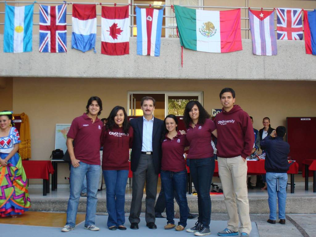 Student Profile: Gustavo Vasquez – Bachelor of Arts in Management